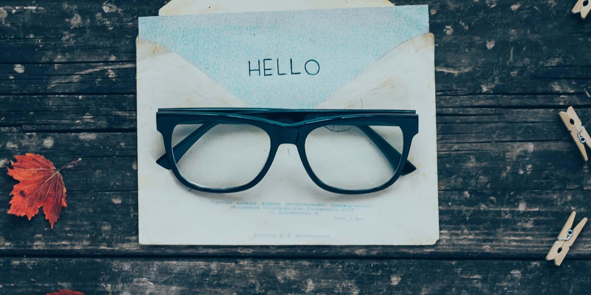 Square-Shaped Glasses Collection