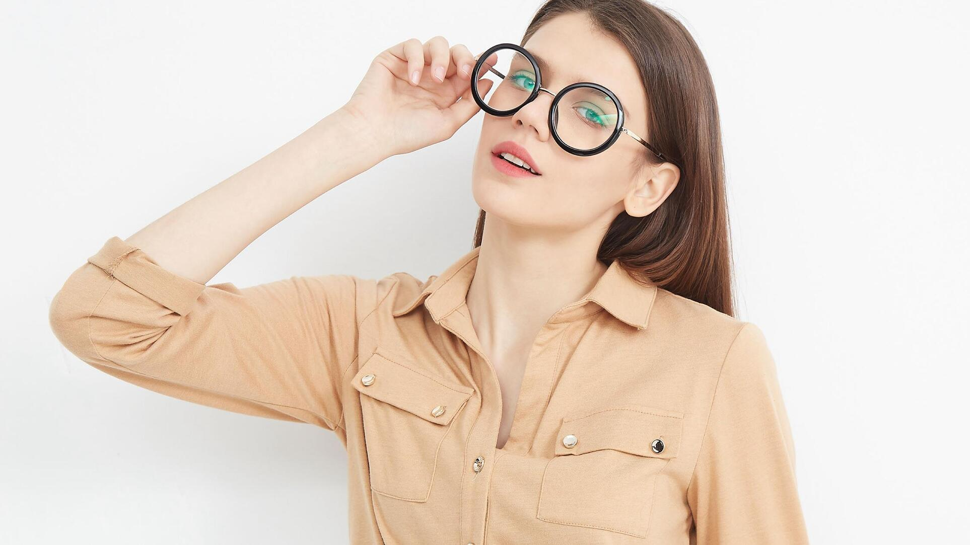 Fashion glasses add sophistication to your wardrobe.